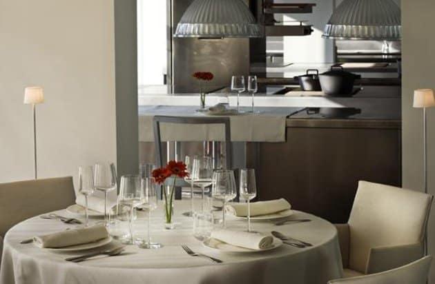 dos_cielos_restaurant_1_jpg_630x630_upscale_q85