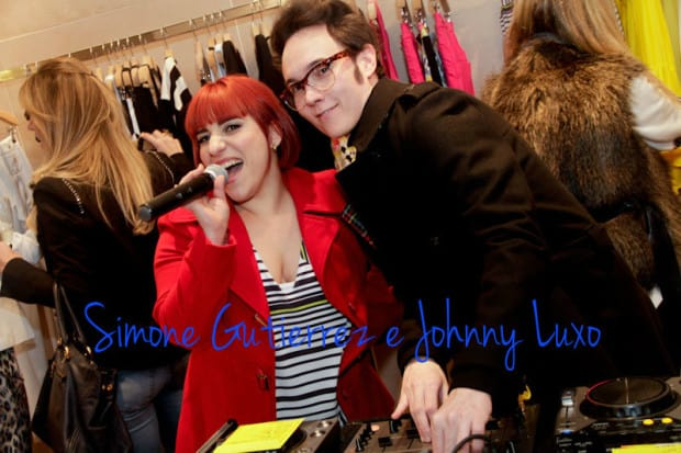Simone Gutierrez e Johnny Luxo_