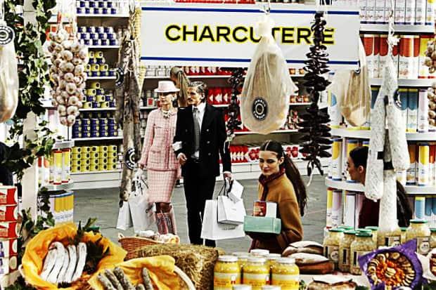 DQZ -chanel-supermarket-03_a2fc86d71f0e73b844134a2d1833c5f5