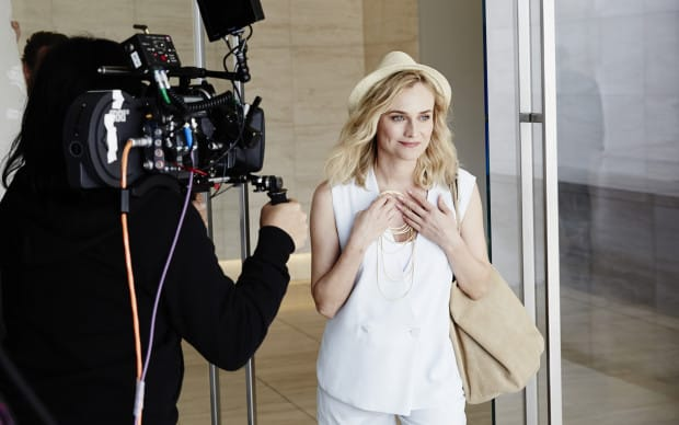 Making of_Diane Kruger wears Fluid Gold H.Stern_4 (high)