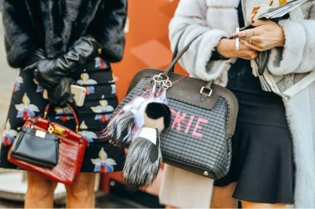 Fashion-Week-Street-Style-Fendi-Karlito-fur-bag-charm-