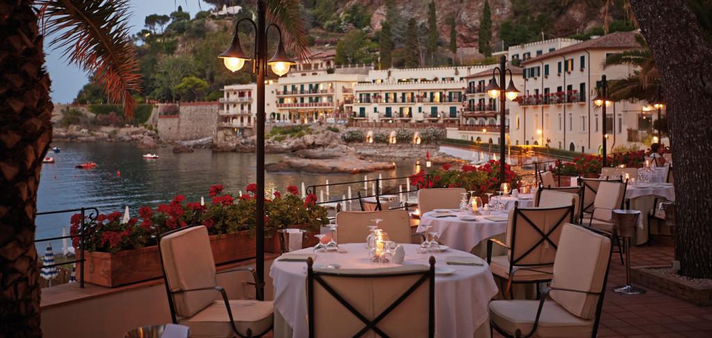 ovsa_1366x650_dining_restaurant_oliviero15