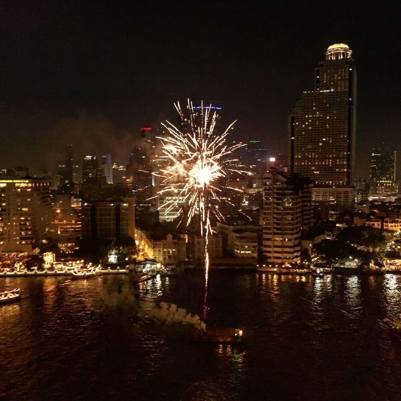 Bangkok à noite...