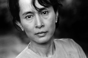 Senhora San Suu Kyi